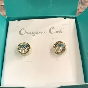 Bezel gold stud Swarovski earrings